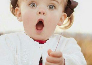 صور طفلة مضحكة حلوة - صور أطفال